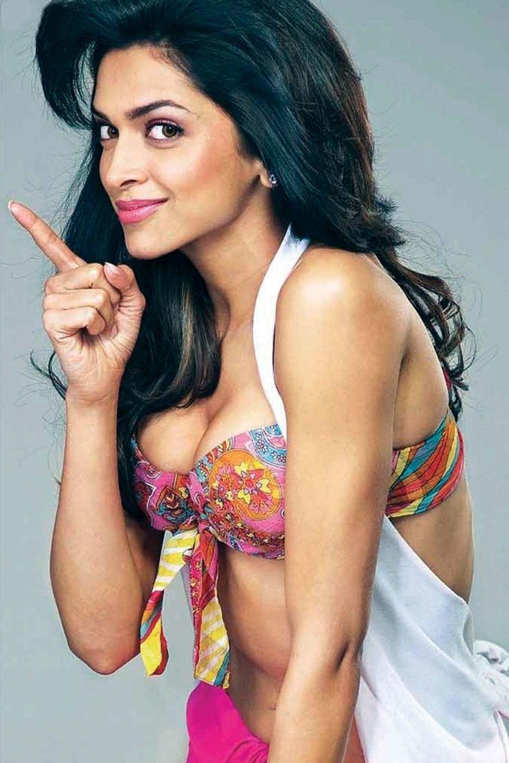 Deepika Is Too Hot To Handle Deepikapadukone Celebs  -6195