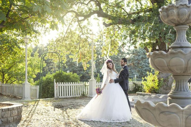 Özel Gün Fotoğrafçısı.comEğlenirken fotoğraf çekmek yada fotoğraf çekerken eğlenmek amacıyla düğün veya nişan öncesi stres atıp, hem biraz rahatlamak ve geleceğe dair güzel bir anı bırakmak için sizlerle birlikte çalışma ...