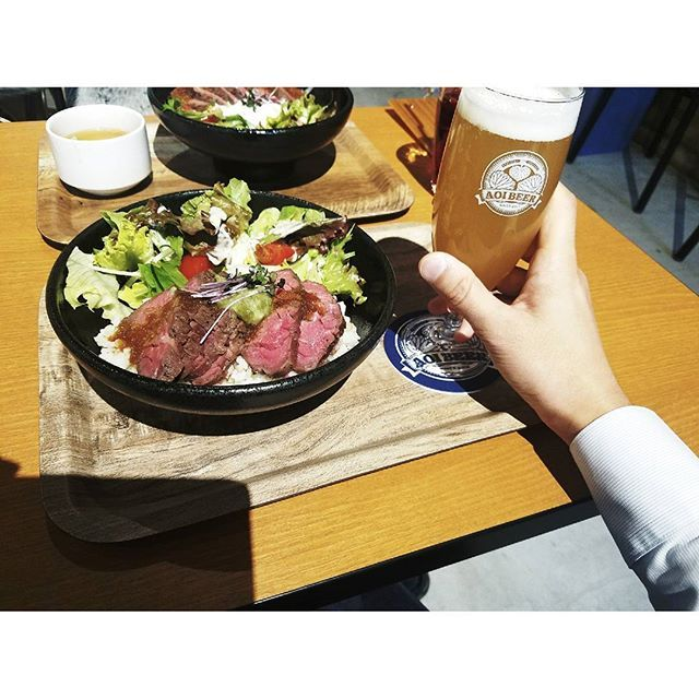 AOI BREWING TAP & GRILL わさび醤油のステーキ丼  #ランチ #ランチタイム #ランチプレート #ランチボックス #今日のランチ #昼ごはん #昼ご飯 #カフェ#カフェ巡り #昼御飯 #lunch #lunchtime #lunchdate #lunchbox #lunchflow #instagood #instaphoto #instalike #foodstagram #foodpic #instafood #japanesefood #eat #ステーキ#ステーキ丼#お肉#肉#ビール