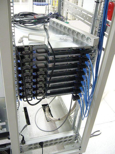 server rack  http://vpshongkong.tin.vn/