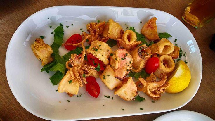 Porto Parasiris restaurant in Panormos