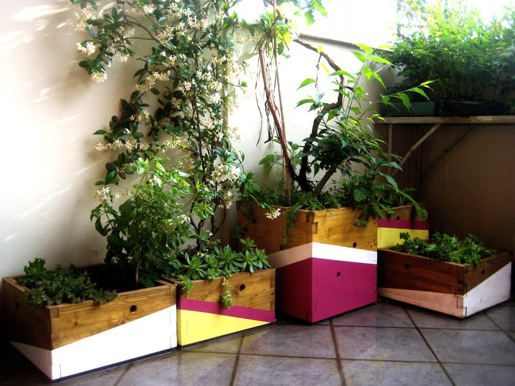 Elegant fioriere artistiche vasi per fiori realizzati con elementi in legno massello e colorati - Vaso da interno ...