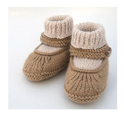 Baby Merry-Jane by RebekahJoy  http://www.ravelry.com/patterns/library/baby-moc-a-soc---booties#