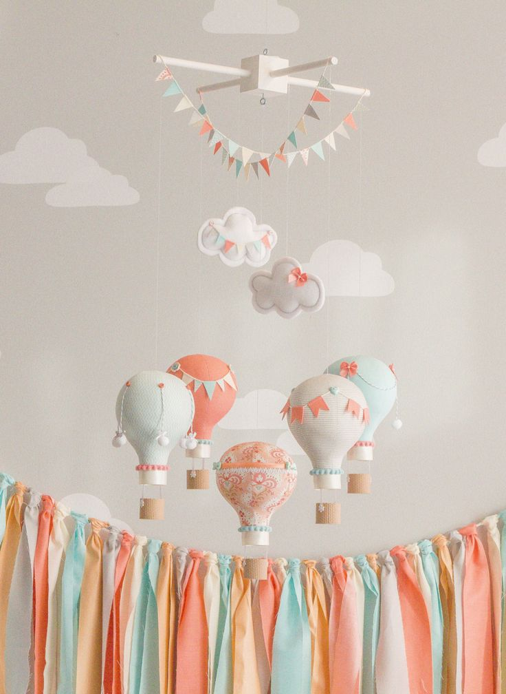 Hot Air Balloon Baby Mobile Coral and Aqua por sunshineandvodka