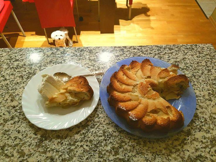 #шарлотка #каждыйдень #мороженое #sweet #cake #apple  #pie #instadaily #goodevening #этиглазанапротив #dog #happy #icecream #helloworld #mood #собака #пирог #готовлюськзимовке #осень
