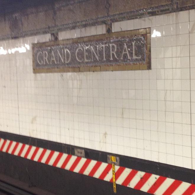 Lively Alleys | 紐約百年地鐵