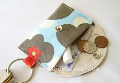 Cute coin purse...I will have to come up with a tutorial since this one is in Japanese!