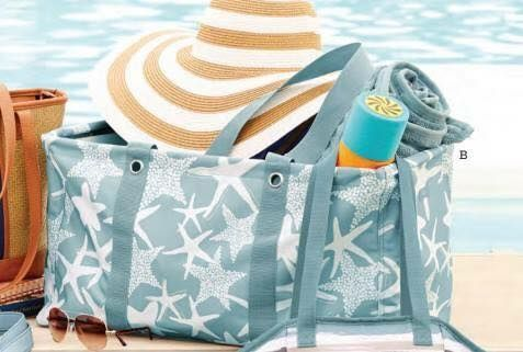 Sea star lovers unite! This is your go to beach bag forever! The Large Utility Tote by Thirty-One! www.thebagdealer.com