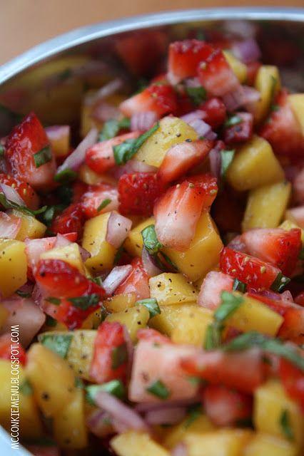 Strawberry mango salsa: Basil Leaves, Mcconki Menu, Strawberry Mango Salsa, Strawberries Mango Salsa, Fruit Salad, Red Onions, Recipes, Sea Salts, Mango Salad