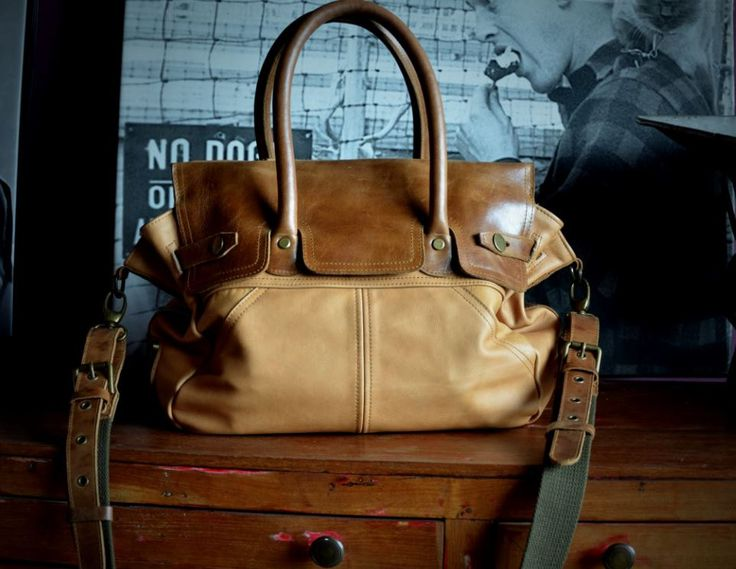 Moby Roy leather bag by INOMIO on Etsy