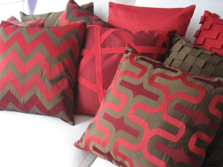 Cojines decorativos rojos decoraci n para el hogar compra for Adornos para el hogar