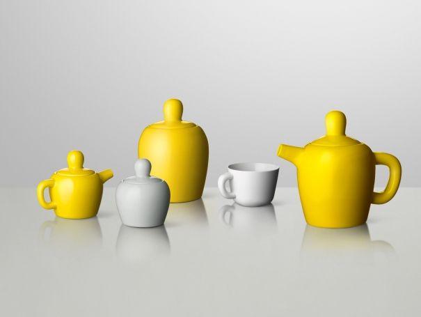 Bulky tea set by Muuto