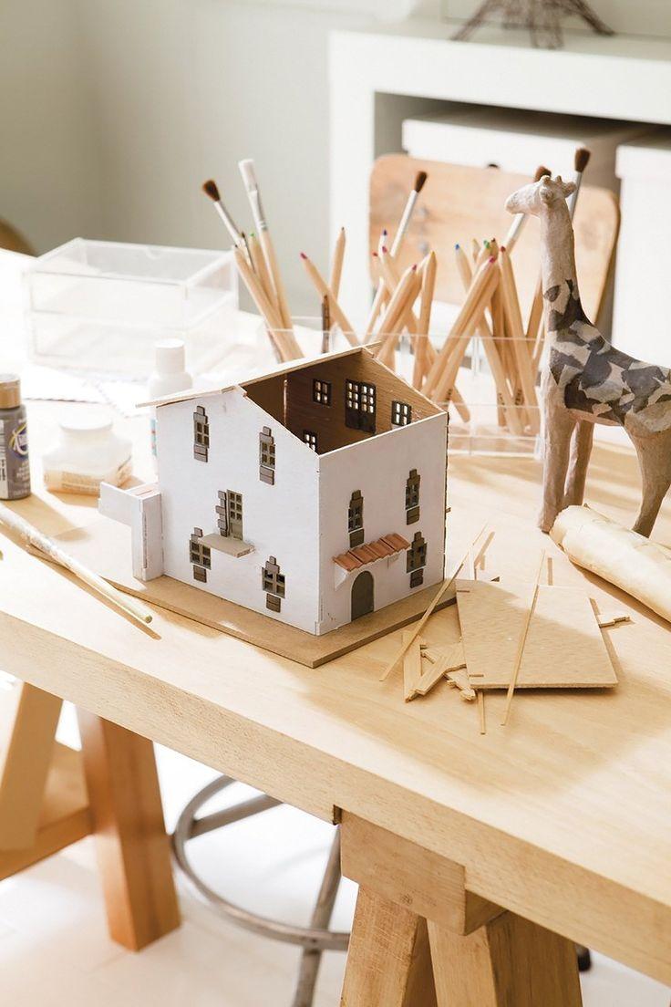 amazing kids bedroom ideas calm. Extraordinary Kid\u0027s Room Design In Calm Shades : Inspiring Kids With Handicraft Wooden Table Girrafe Decor Amazing Bedroom Ideas I