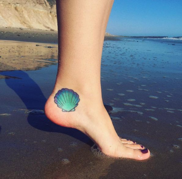 25 Best Ideas About Foot Tattoos On Pinterest: 25+ Best Ideas About Seashell Tattoos On Pinterest
