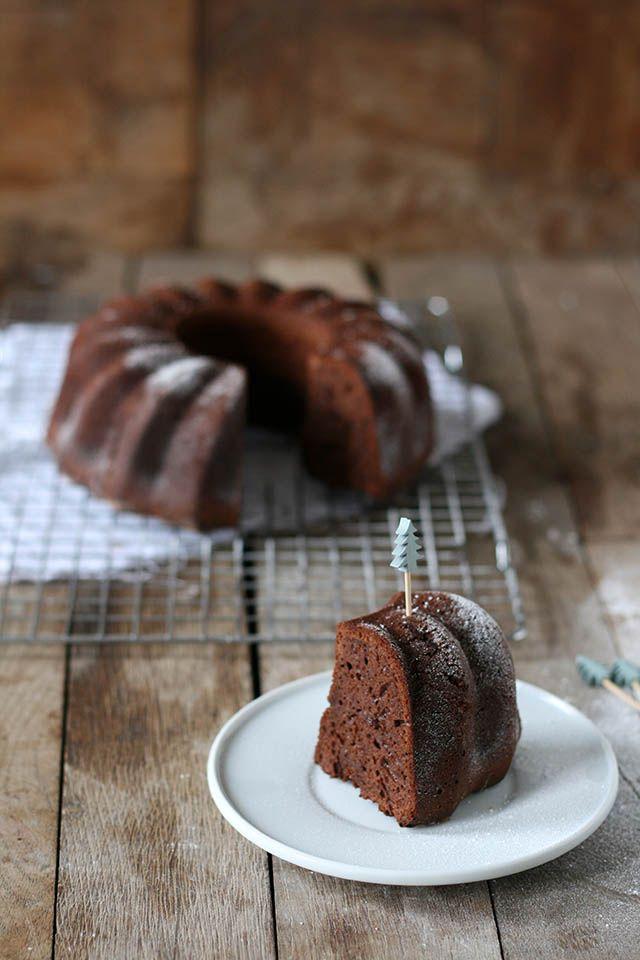 Recept voor een lekkere chocolade Kersttulband. Deze tulband is met chocolade en is gemaakt van spelt. Dit Kersttulband recept is makkelijk om te maken.