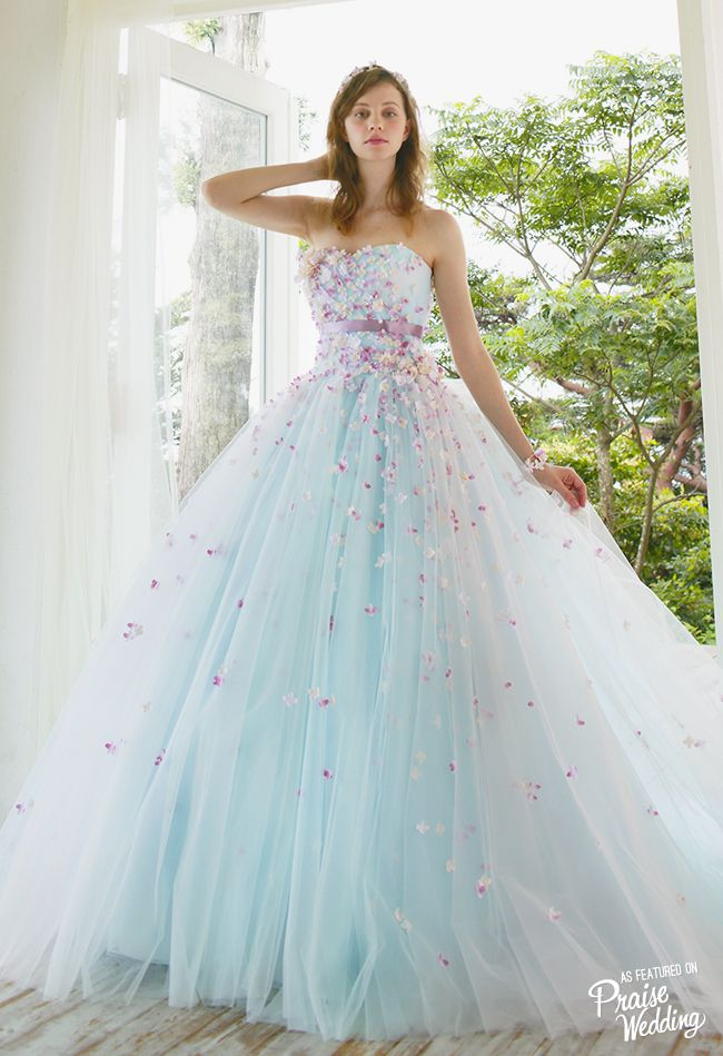 953 best Royal Ball Dresses images on Pinterest   Bridal gowns, Ball ...