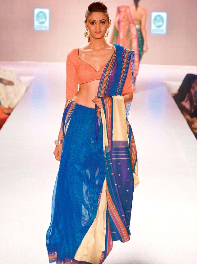 Designer Shaina NC's Saree in shades of cobalt blue and peach at 'Weddings at We... 12