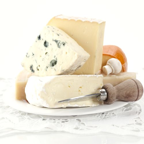 Pregnant women are 13x more likely to contract listeriosis, an infection caused by eating soft cheeses like feta or drinking unpasteurized milk. Learn more about how to prevent listeriosis here: http://1.usa.gov/1hYcLqf.