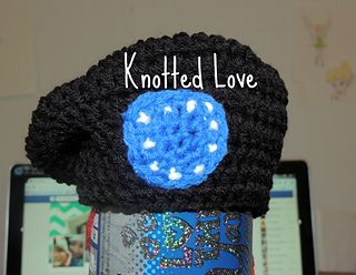 Newborn Army beret pdf pattern by Knotted Love Crafts