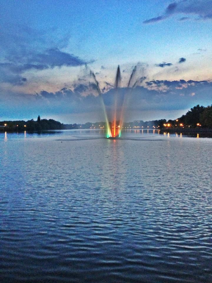 Lac des Nations fountain, Sherbrooke