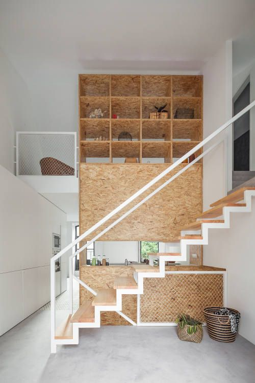 Designed as a live/work space for an artist the standout design feature of this home is the fre...