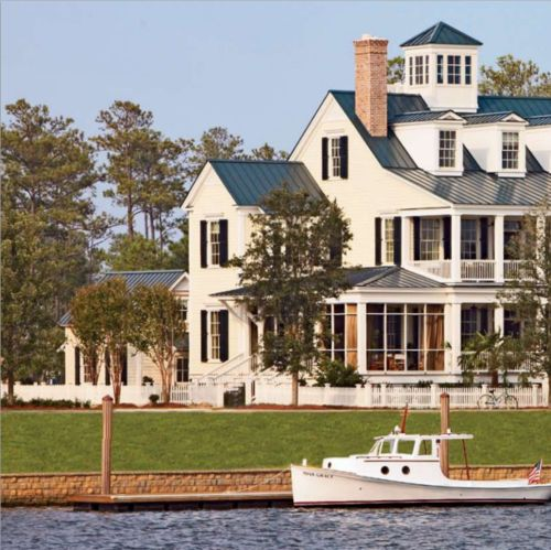 : Future Houses, Water, White Houses, Dreams Houses, Dreams Home Interiors, Lakes Houses, Lakes Home, Beaches Houses, Summer Houses