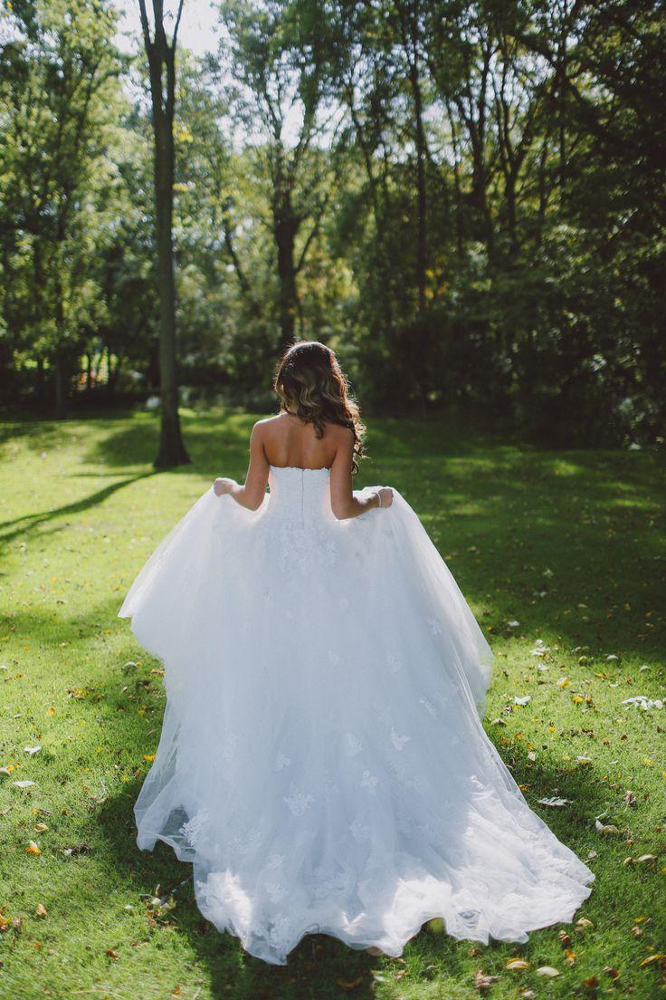 Wedding Photography in Windsor Ontario - Bride Runs away into The Green - Curescu Photography