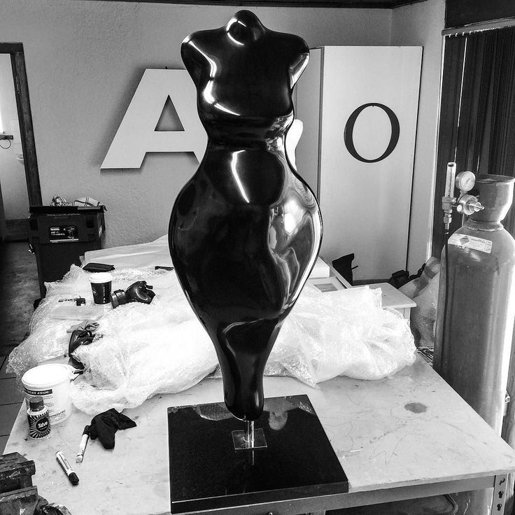 Modern Icon (2006) Hot of the press! I haven't done one of these in quite a few years. I'm please to have it representing Africa at the Belgium evening at port side tonight.  #sculpture #art #fineart #contemporaryart #figurativeart #africa #africanicon #artist #capetown