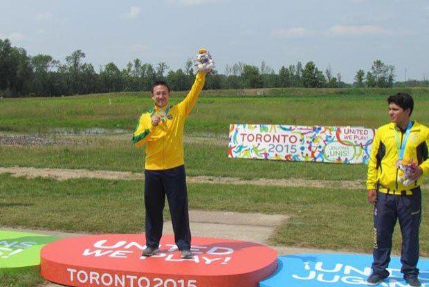 Felipe Wu atira no quintal de casa para conquistar o ouro no Pan de Toronto - Esporte - O Dia