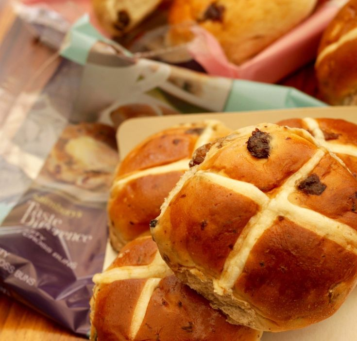 Cardamom and orange 'hot cross buns' French toast!