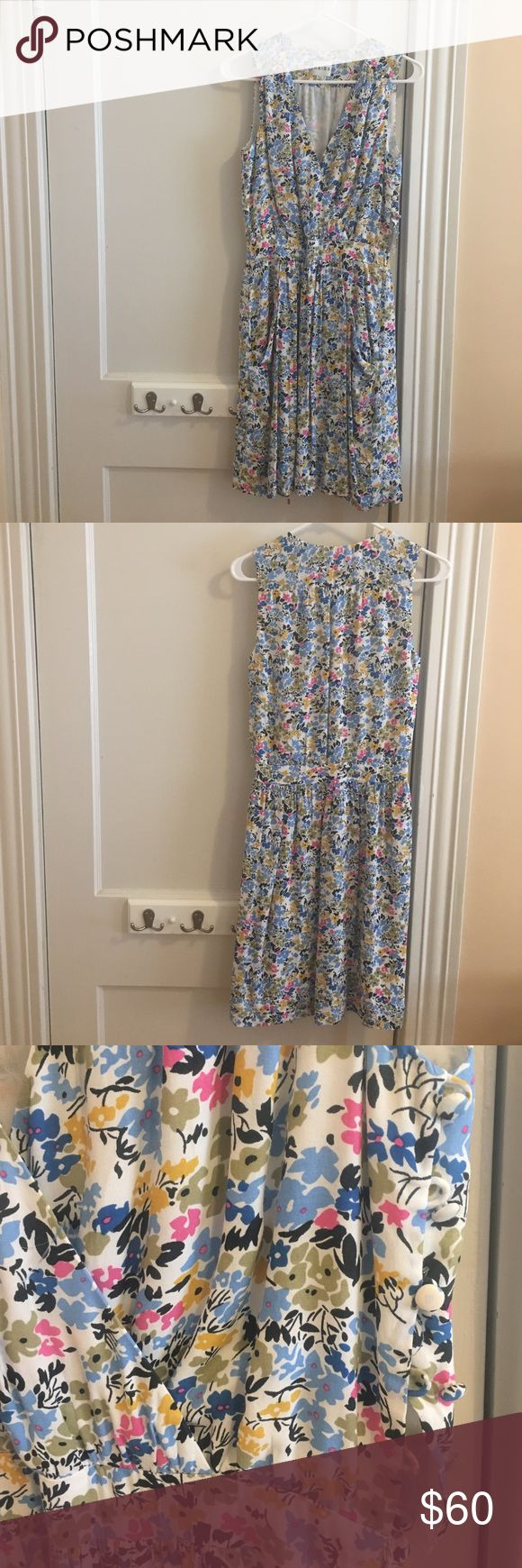 Beautiful floral Reiss dress with side buttons Feminine; nice drape; fit & flare; like new! Waist = 13.5 in across & bust = 17 in (but has some give!)! Reiss Dresses Mini