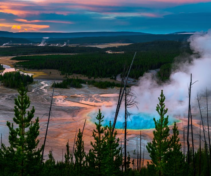 Yellowstone National Park, USA:  #Yellowstone #GrandPrismatic #VolcanicHotSpot #Canyons #AlpineRivers #LushForests #NationalParks #UnitedStates #America #FlightstoAmerica #TravelCenter #AirfaresMarketLeader