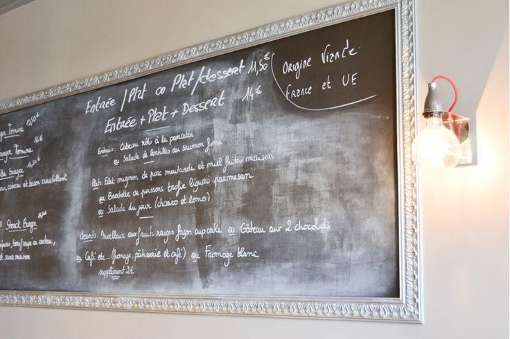 La Mère Tomine, restaurant La Rochelle situé Av. Jean Guiton, juste un peu avant l'Église du Sacré Coeur