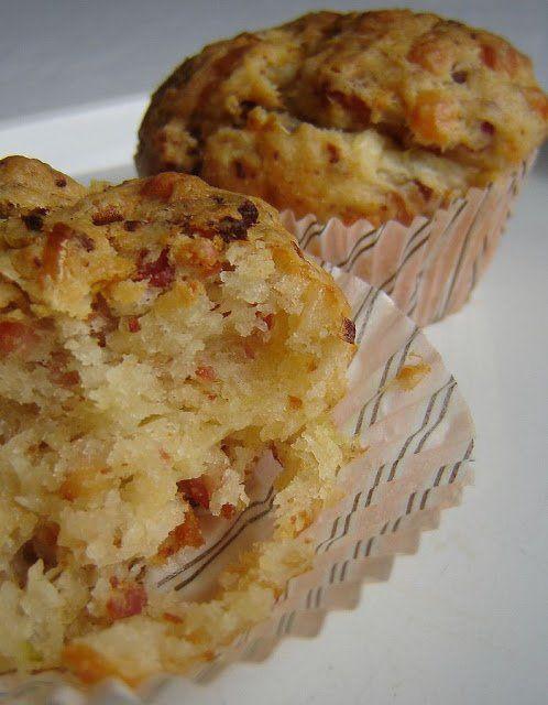 Elképesztő sajtos-szalonnás-újhagymás muffinok | MaiMóni