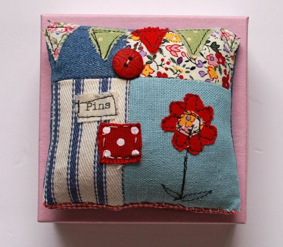 Lavender Scented Pin Cushion von pantsandpaper auf Etsy