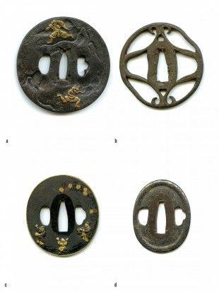 3 4 Tsuba Japan Ø 6,4 cm - 8,4 cm.   Provenienz: Carlo Monzino (1931-1996), Castagnola.  a. Maru-gata, Tetsu, Maru-mimi. Kozuka- und Kogai-hitsu-ana, Nagako-hitsu-ana mit Tagane-Ato, Sekigane oben und unten. Omote: Shoki (Dämonenjäger) und Oni (Dämon). Ura: bearbeitet. Taka-bori, stellenweise mit Kinko veredelt. Gemäss Sotheby's London (Juni 1996, Lot 11): frühe Edo-Zeit (17. Jh.).