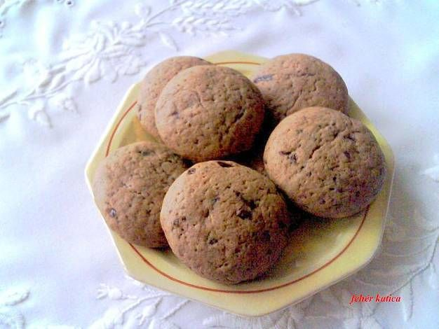 Karamellpudingos csokoládés keksz