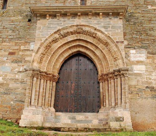 Portail du Pardon à Villafranca du Bierzo Espagne