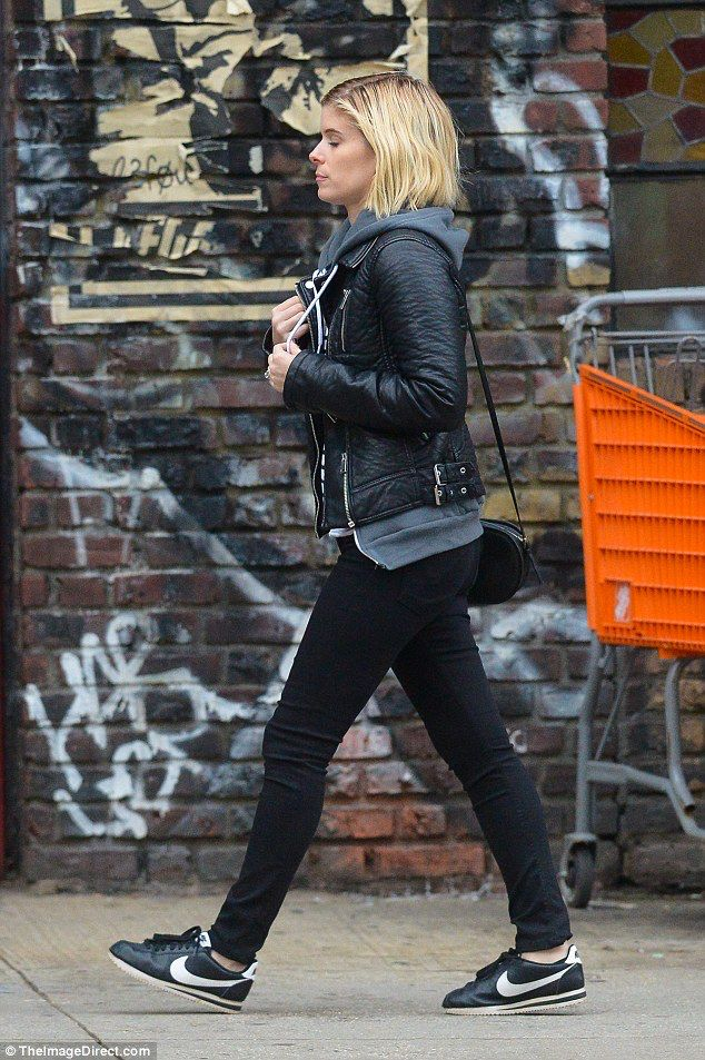 Kate Mara flashes ring as news emerges she is engaged to Jamie Bell #dailymail