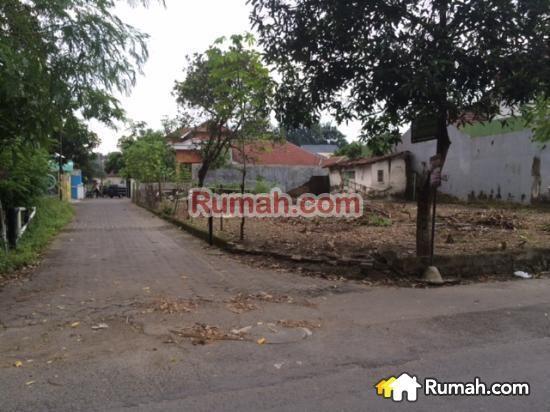 Spesifikasi : Luas tanah : 494 m2 Lebar dpn : 18.5 m Legalitas : SHM  6.300.000 jt/m2  Yasmin PropertyToday : 0877 1722 1999 >>>>>>>>> : 0812 2444 5515  PropertyToday Inc. Berpengalaman 14 tahun melayani pasar jual beli properti di Indonesia. Layanan opsional: - Konsultan Marketing Properti - Konsultan Developer - Konsultan Arsitek - Kontraktor Bangunan - Jasa penjualan Properti