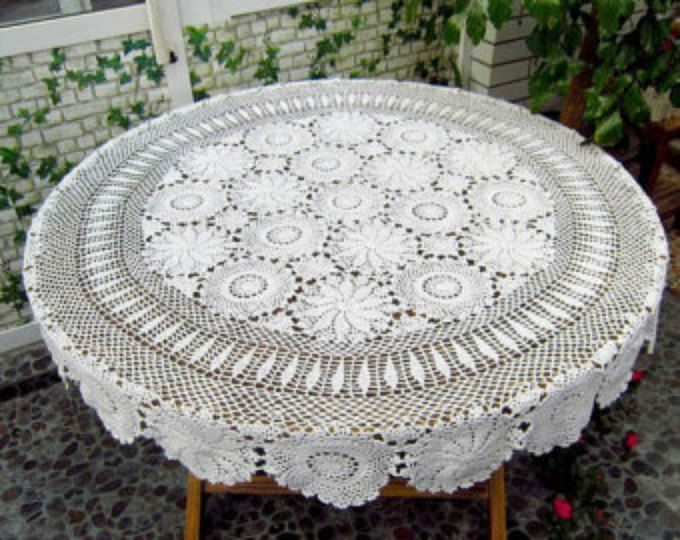 White Vintage Hand Crochet Lace Doily Small Table Cloth Mat Round 70-75cm