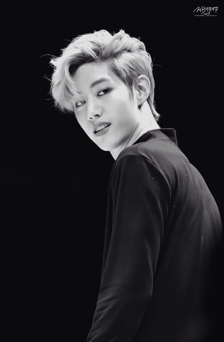 Mark #blackwhite #got7 #handsome