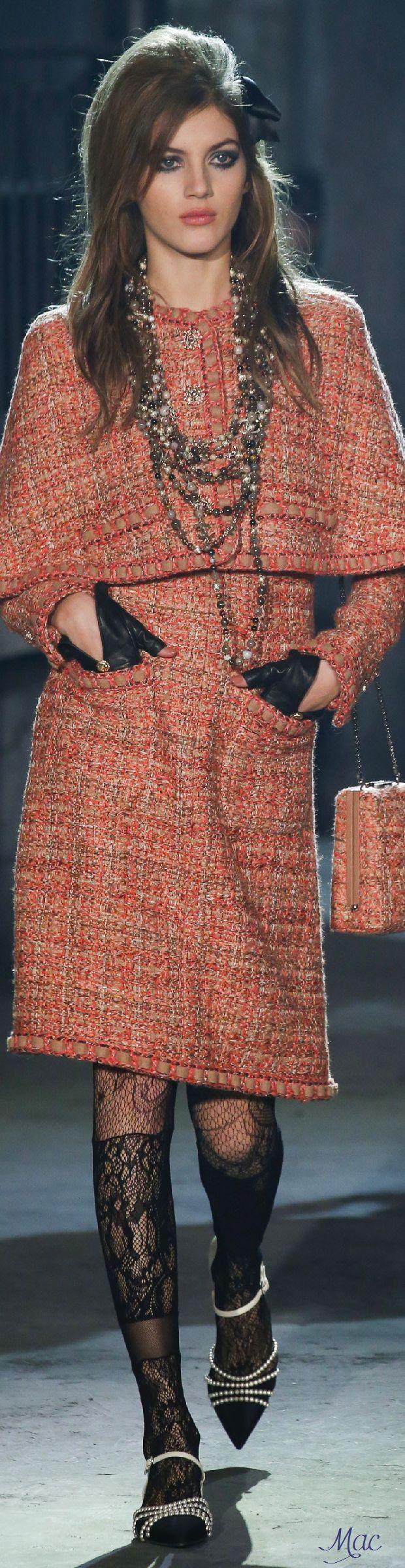 #Farbbberatung #Stilberatung #Farbenreich mit www.farben-reich.com Pre-Fall 2016 Chanel Métiers d'Art