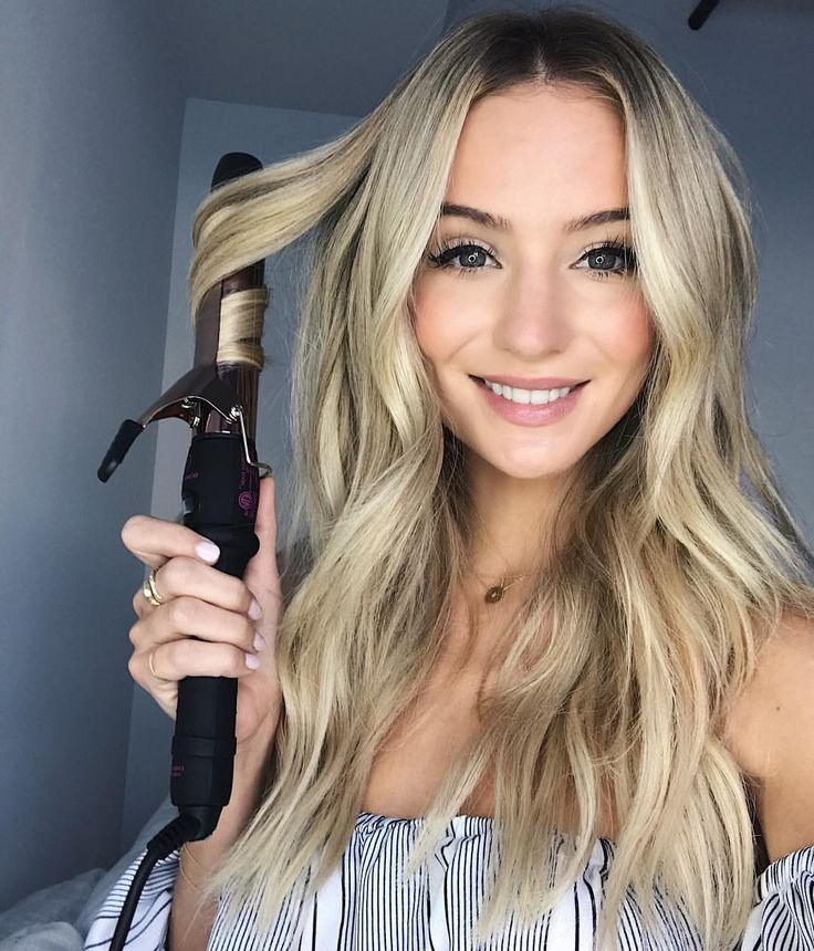 """28.5k Likes, 215 Comments - Lauren Bushnell (@laurenbushnell) on Instagram: """"Using the 32mm Rose Gold Clamp Iron today from @bombayhair! This iron works wonders! Curling my…"""""""