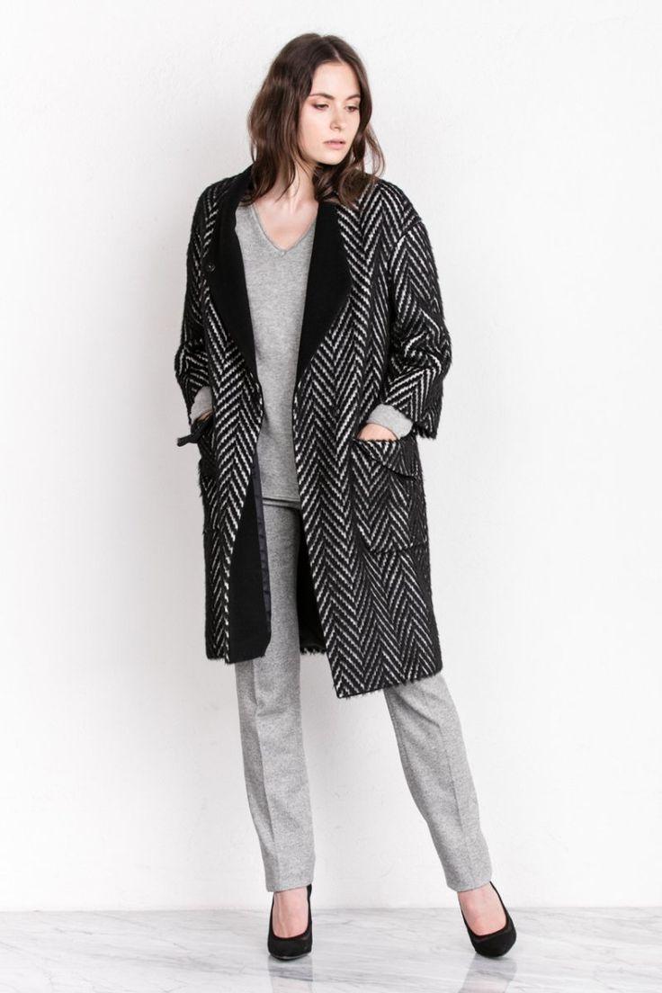 Grey total look with herringbone coat