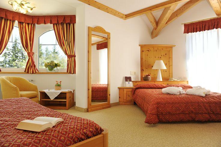 Eines der traumhaften #Schlafzimmer im #Hotel Panaroma. Mehr Informationen auf http://www.selectedhotels.com/de/hotel/alp-wellness-sport-hotel-panorama