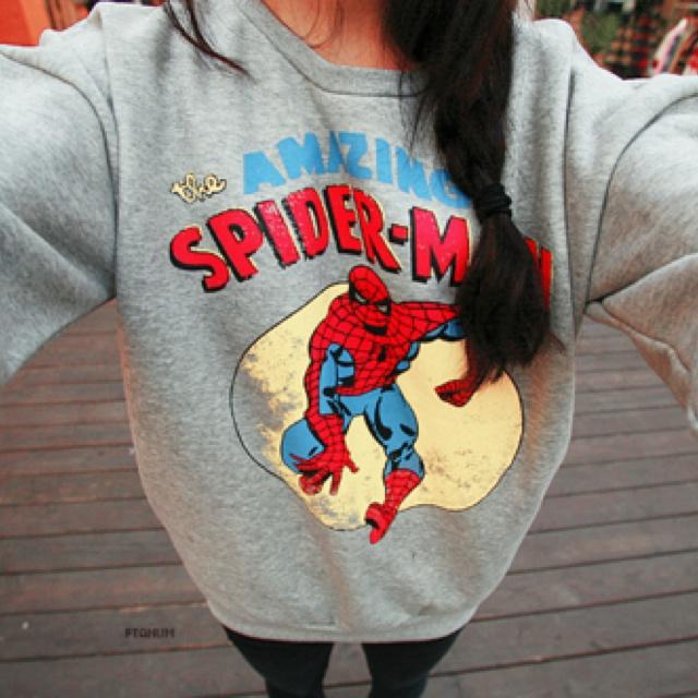 spiderman sweatshirt. WANT