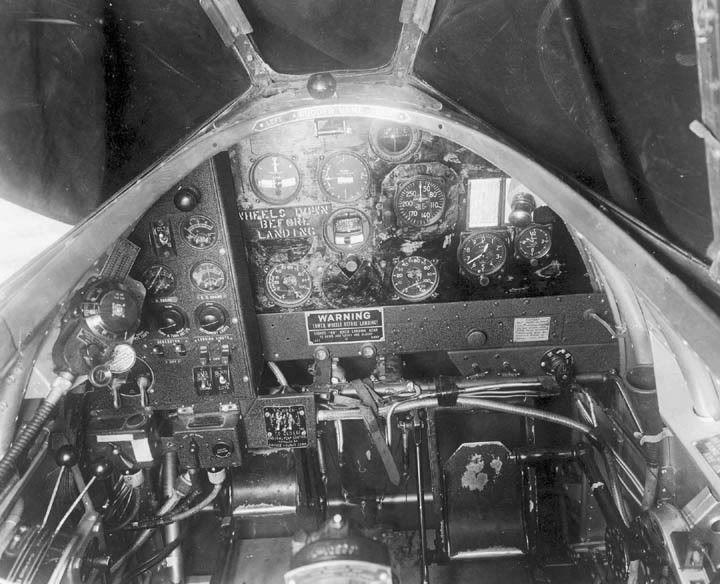 Martin B-10 cockpit photos/drawings | Military, United ...
