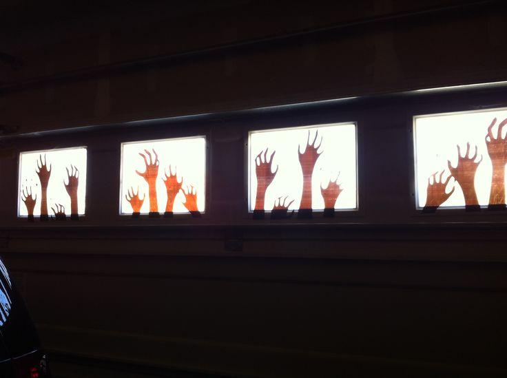 Halloween decorations garage window clings scream hands surviving zombies halloween - Deco hal halloween ...
