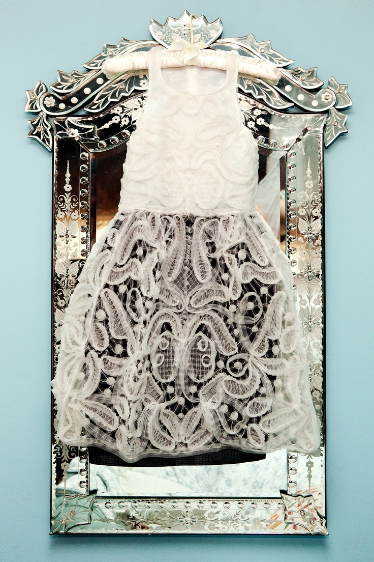 Julia Frakes's Met Ball look: Antique Mirror, Bloggers Julia, Antiques Mirror, Flowers Girls, Beautiful Dresses, Antiques Americana, Fashion Bloggers, Julia Frake, Lace Dresses
